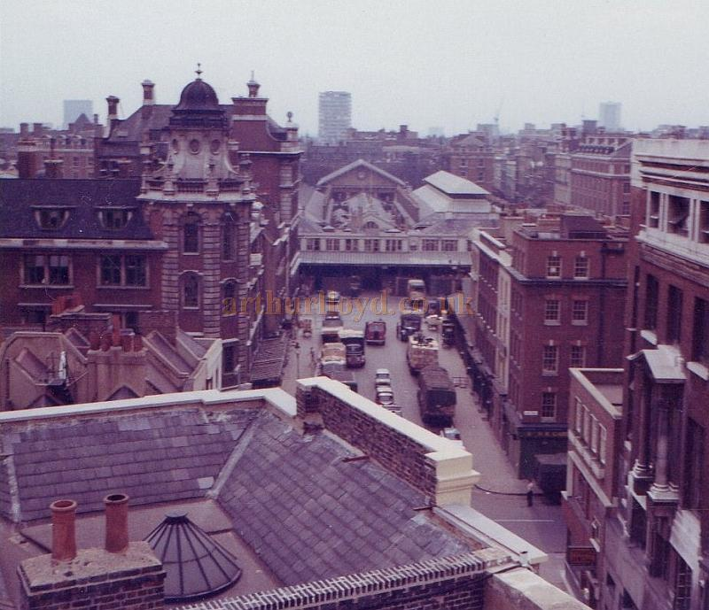 A 360 View Of London From The Roof Of The Theatre Royal