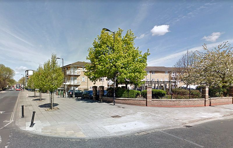 A Google StreetView Image of the site of the former Rosemary Branch Public House / Lovejoy's Music Hall / People's Palace of Varieties, Southampton Way and Commercial Way, near the boundary between Peckham and Camberwell - Click to Interact.