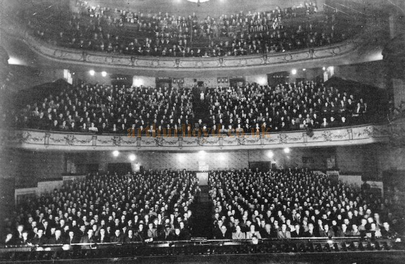 An Audience packs the auditorium of the Empire Theatre, Dewsbury - Courtesy John West
