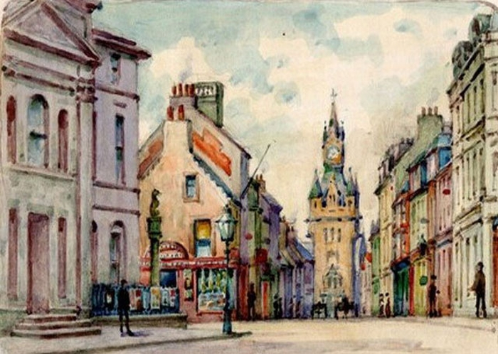 An old postcard depicting the High Street, Dunfermline showing the Guildhall on the left - Courtesy Graeme Smith