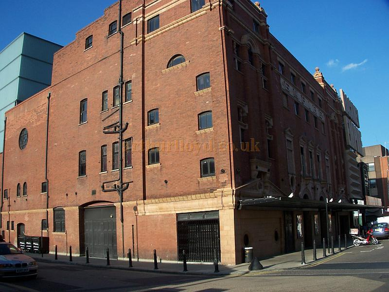 The rear elevation of the Hackney Empire in August 2009 - Photo M.L.