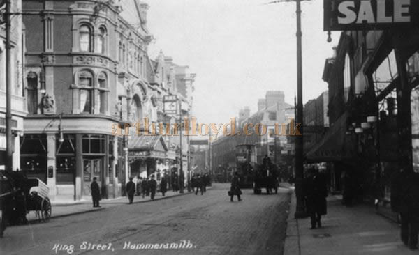 A postcard showing King Street, Hammersmith with the Hammersmith Palace on the left.