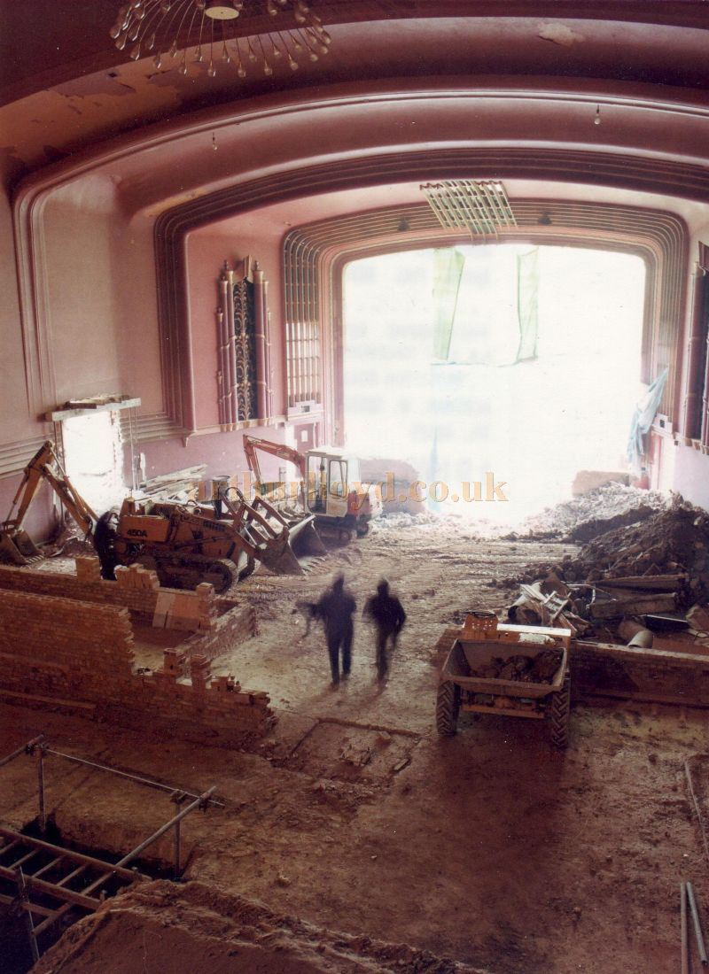 Redevelopment of the former Ritz / ABC, Horsham in 1983 - Courtesy the Capitol Theatre Archive.