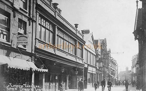 An early postcard showing the Lyceum Theatre, Ipswich.