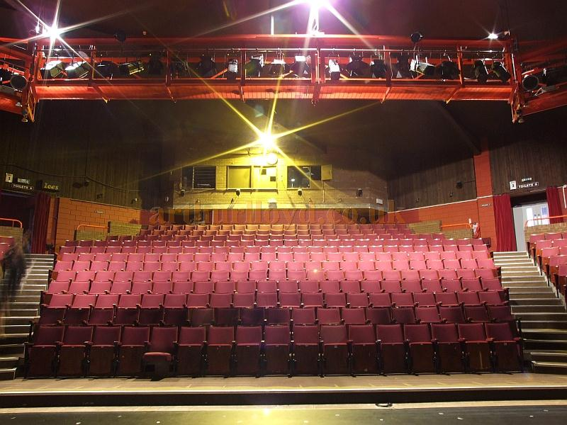 The auditorium of the Madina Theatre, Isle of Wight, in 2009 - Courtesy Mark Price - Theatres Trust