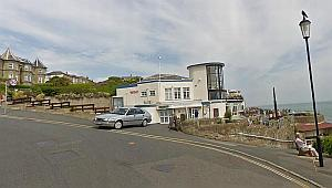 A Google Streetview image of the Ventnor Winter Gardens - Click to Interact.