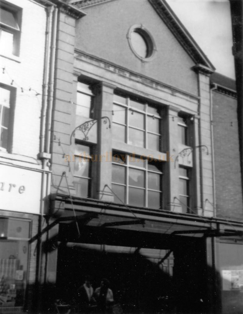 The former Grand Theatre / Electric Theatre, Kidderminster in the 1960s / 70s - Courtesy Ted Bottle.
