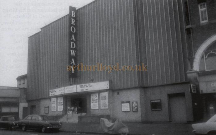 The old Kilburn Empire looking very sorry for itself in its guise as the Broadway Theatre in the late 1970s - Courtesy Peter Williams