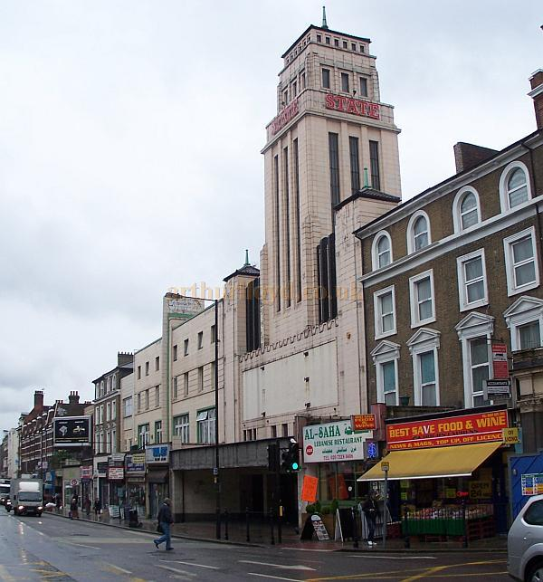 The Gaumont State, Kilburn in April 2009 - Photo M.L.