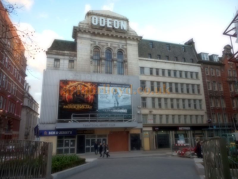 The former Leicester Square Theatre / Odeon West End, closed and awaiting demolition in March 2015 - Photo M.L