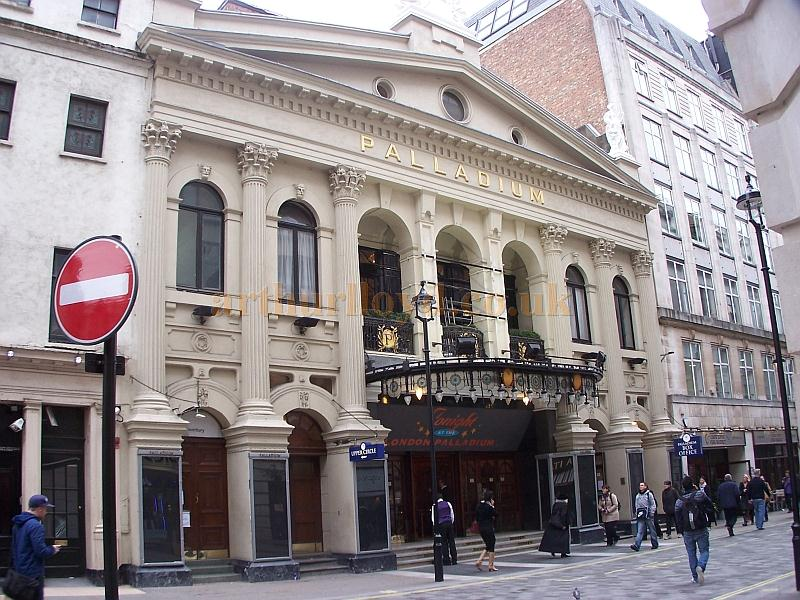 The London Palladium whilst celebrating it's 100th anniversary in December 2010 - Photo M.L.