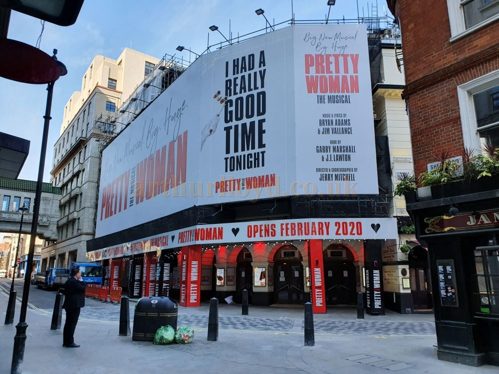 The Piccadilly Theatre  - on March the 23rd 2020 during the Coronavirus Pandemic - Photo M.L.