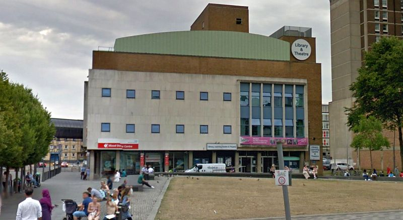 A Google StreetView Image of the Library Theatre, Luton - Click to Interact.