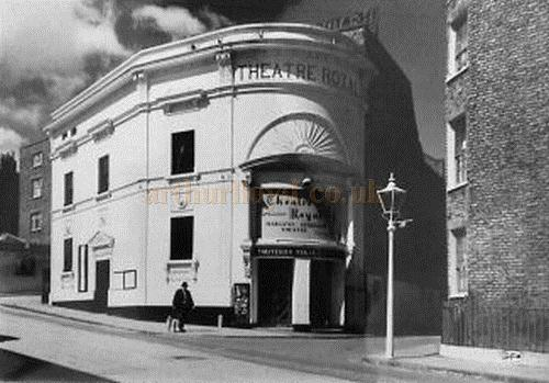 An early postcard depicting the Theatre Royal, Margate.