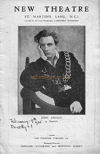 Programme for ' Hamlet' at the New Theatre in 1935, with John Gielgud and Jessica Tandy.