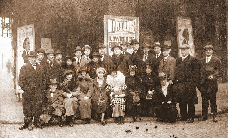 A Company Photograph for an unknown production at the Nottingham Hippodrome - Courtesy Noel Skinner