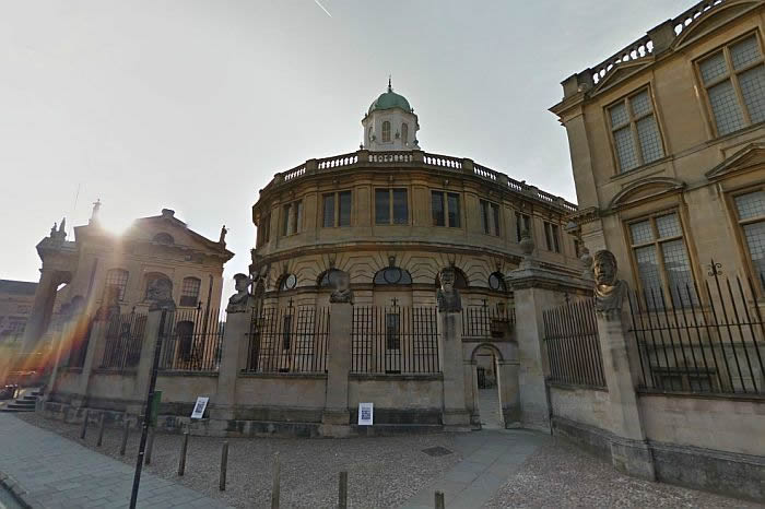 the sheldonian theatre  broad street  oxford