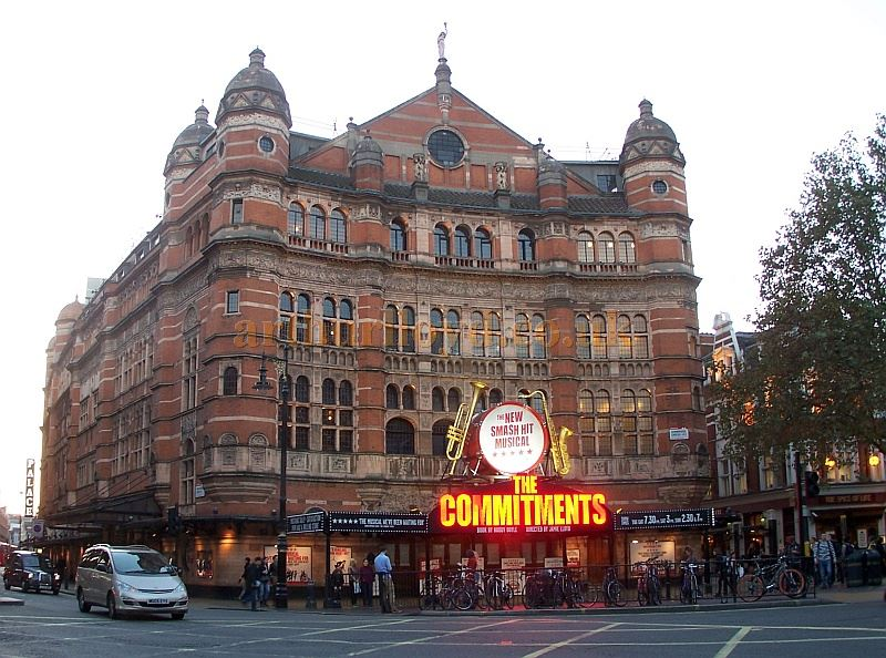 The Palace Theatre during the run of 'The Commitments' in October 2014 - Photo M.L.