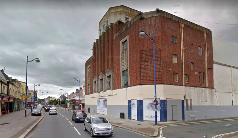 A Google StreetView Image of the former Gaumont Palace Theatre, Plymouth whilst closed and awaiting conversion into a 'Revival Prayer Centre' - Click to Interact.