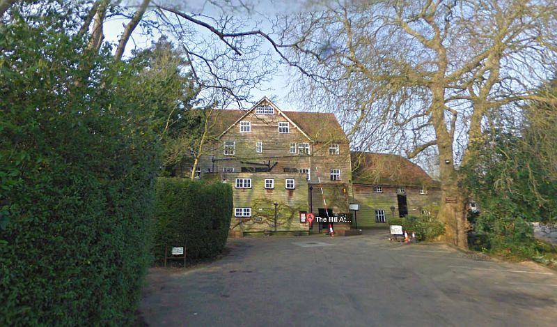 A Google StreetView Image of the Mill at Sonning Theatre - Click to Interact