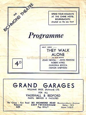 A programme for Noel Coward's 'Hay Fever' at the Richmond Theatre in September 1946.