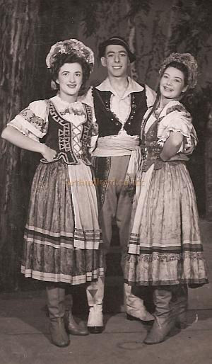 Jacqueline Burton and two other members of the cast of 'The Merry Widow' at the Scala Theatre in the late 1940s - Courtesy Helen Burton.