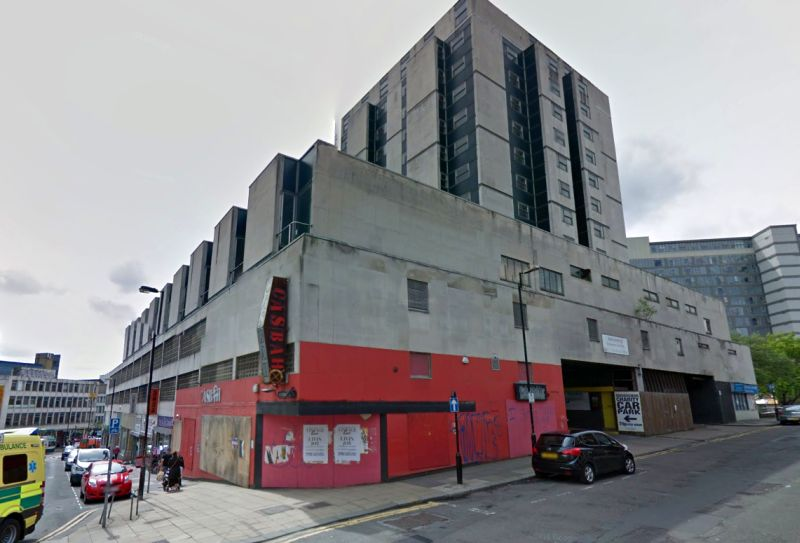 A Google StreetView Image of the Grosvenor House Hotel, which was built on the site of the former Hippodrome Theatre in 1963 - Click to Interact.