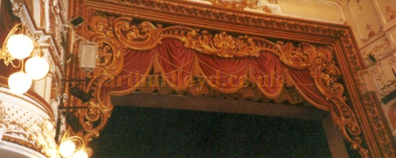 A photograph of the Sheffield Lyceum Proscenium after its 1990 refurbishment - Courtesy David Garratt.