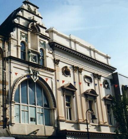 The remaining Facades of the Empire Palace (left) and the Theatre Royal (right), South Shields in 2004 - Courtesy Gareth Price.