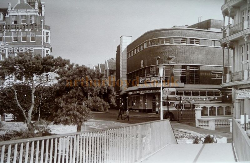 A photograph of the Ritz Cinema, Southend around 1958 - Courtesy Nick Bridge and Terry Ebbs.