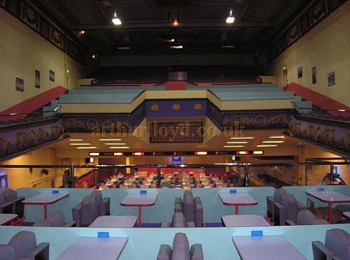 The auditorium of the Albert Hall, Swansea in its Bingo incarnation - Courtesy Ian Howells, who took the photo 3 days after its closure in 2007.