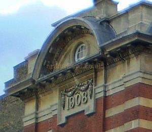Detail of the Tottenham Palace in 2007 showing the 1908 inscription - Courtesy Jim Gibbons