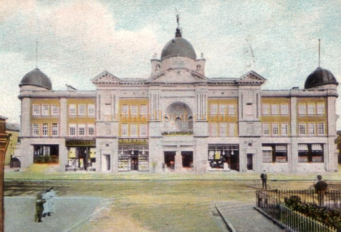 The Opera House, Tunbridge Wells - From a Postcard sent in 1909
