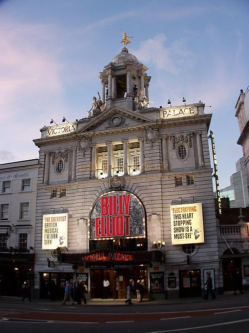 The Victoria Palace Theatre during the run of the hit stage musical 'Billy Elliot' in 2006 - Photo M.L.