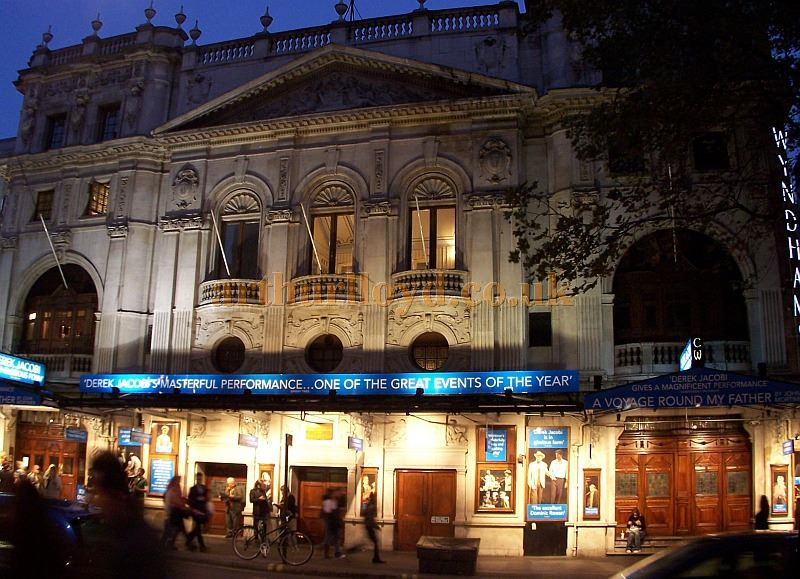 Wyndham's Theatre during the run of 'A Voyage Around My Father' in October 2006. - Photo M.L.